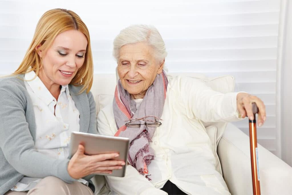 Home Care Services in Newport Coast CA: Caregiver Assistance