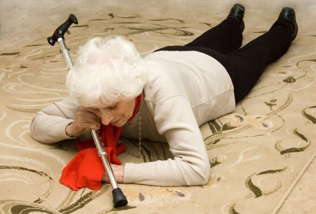 Elderly Care in Irvine CA: Illnesses That Can Cause Falls